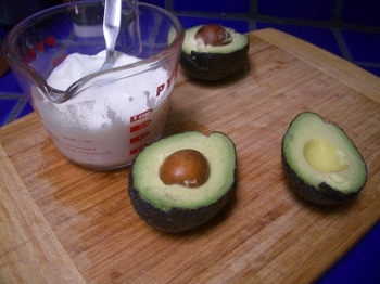 Avocado_soup_step_one