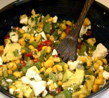 Corn_salad_close_up