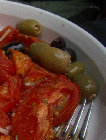 Roasted_tomato_and_olive
